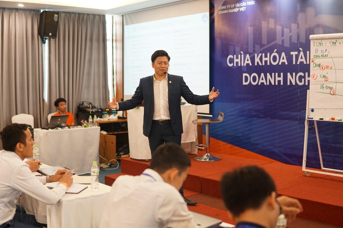 Bùng nổ kiến thức Tái cấu trúc doanh nghiệp cùng các doanh nhân Sài Thành