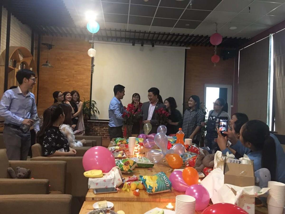 Tập thể Verco chúng mừng chị em nhân ngày 20/10