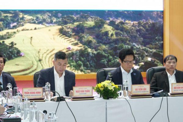 Hội nghị chia sẻ bàn giải pháp cải thiện môi trường đầu tư kinh doanh và nâng cao chỉ số năng lực cạnh tranh tỉnh Hòa Bình Năm 2020